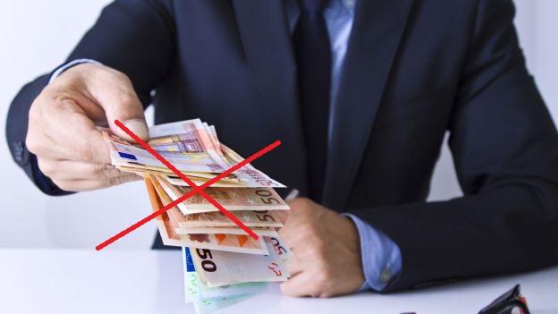 Ecco come evitare di pagare la quattordicesima ai dipendenti a luglio